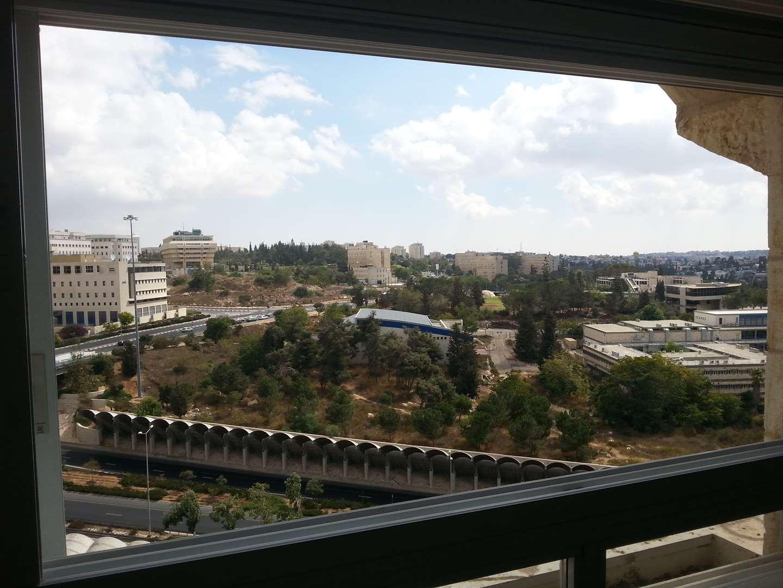 דירה להשכרה 5.5 חדרים בירושלים רבי בנימין בית הכרם