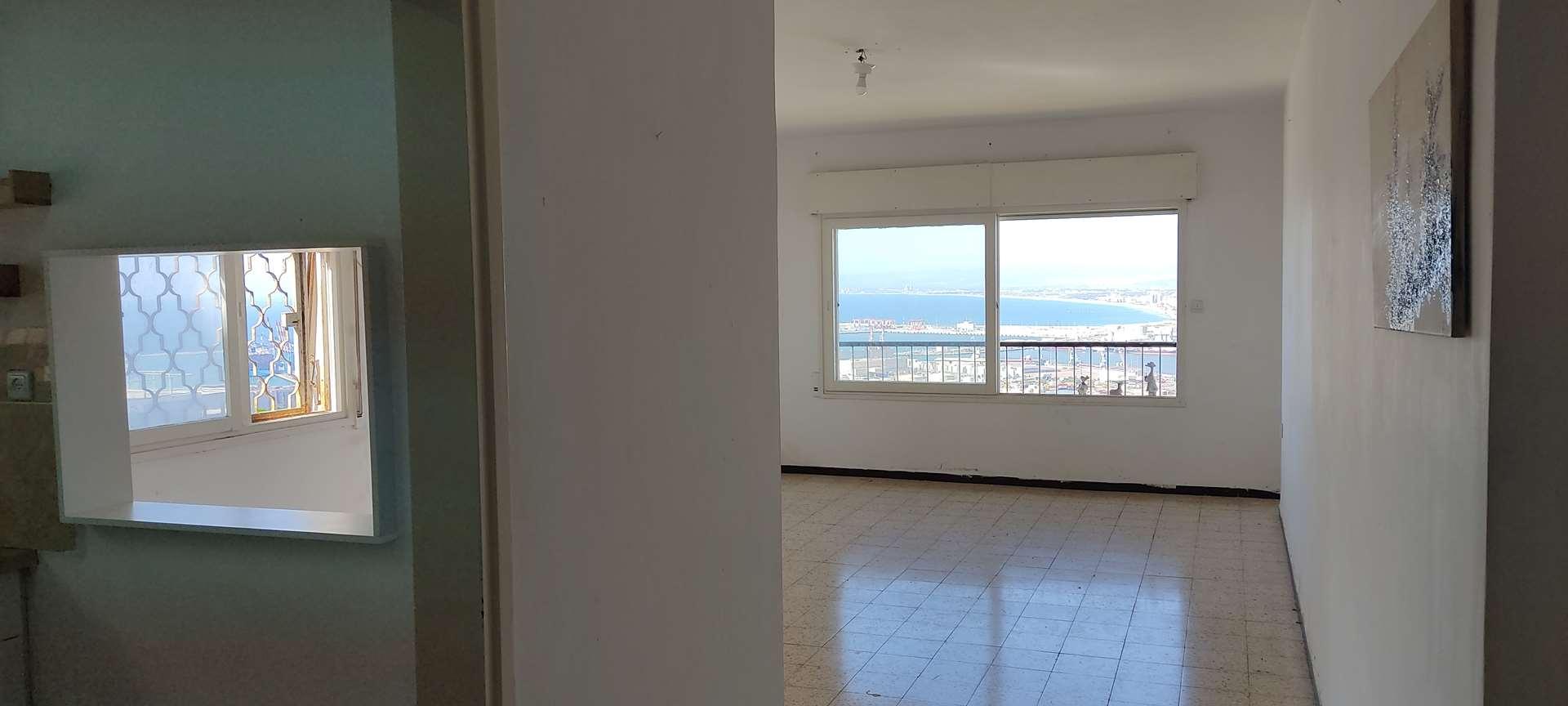 דירה להשכרה 4 חדרים בחיפה נתיב חן