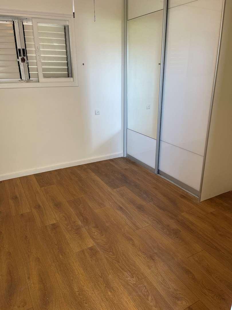 דירה להשכרה 3.5 חדרים בבת ים הרצל