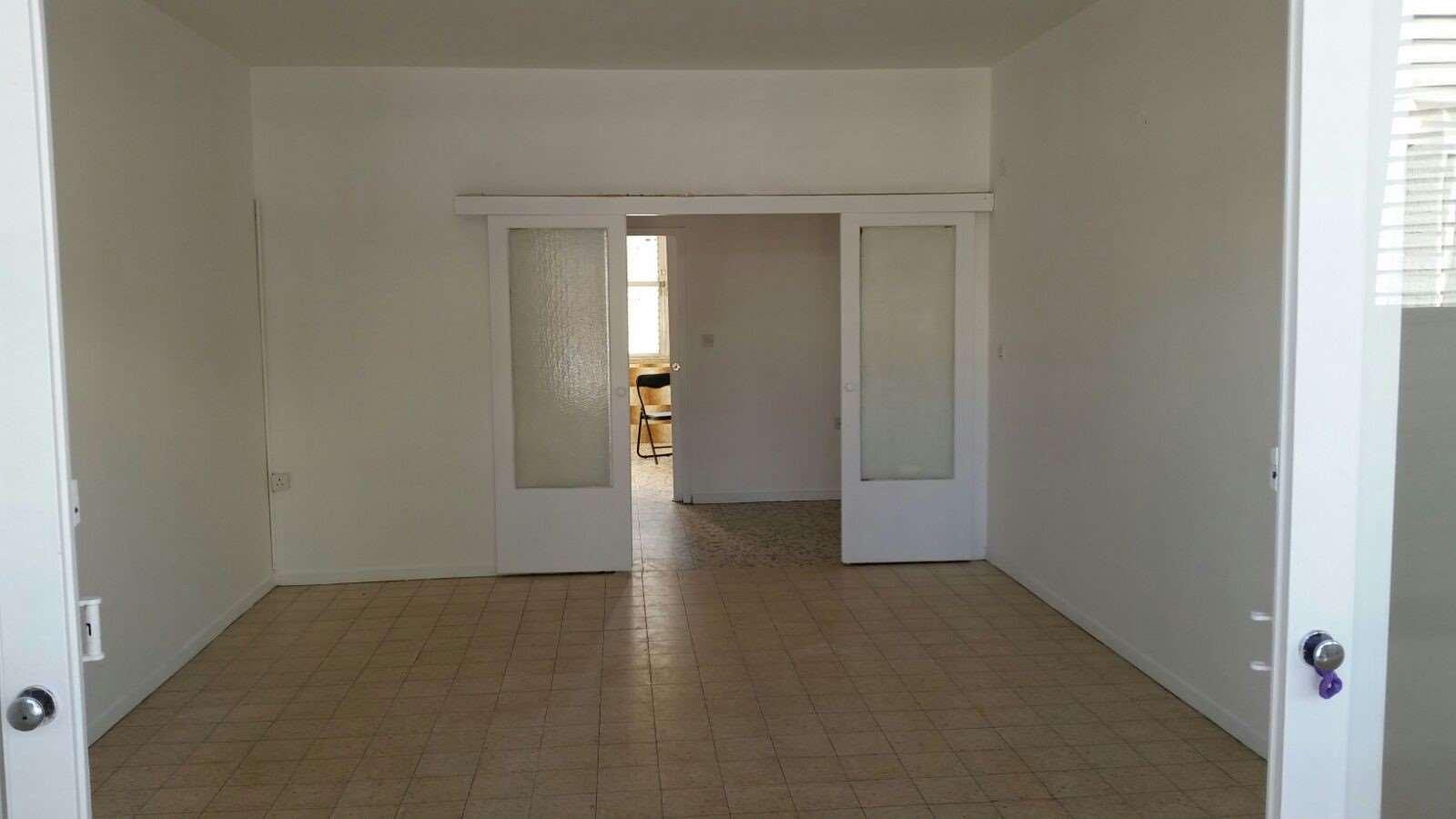 דירה להשכרה 3 חדרים ברחובות נורדאו מרכז העיר
