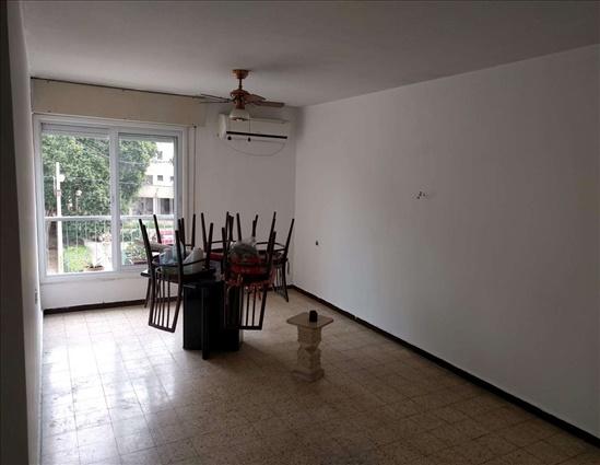 דירה להשכרה 3 חדרים בבני ברק יגאל אלון קרית הרצוג