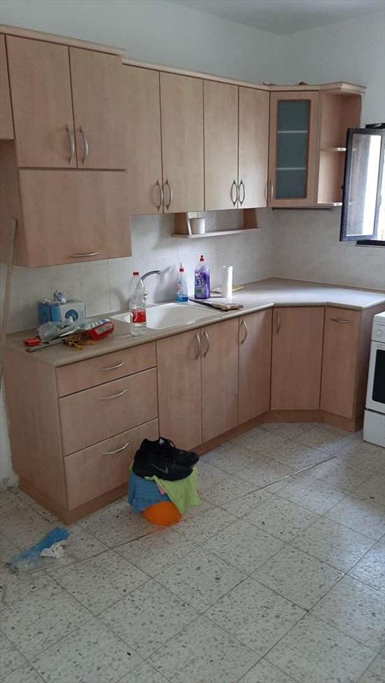 דירה להשכרה 3.5 חדרים בגבעתיים שדה בוקר 14 גולומב