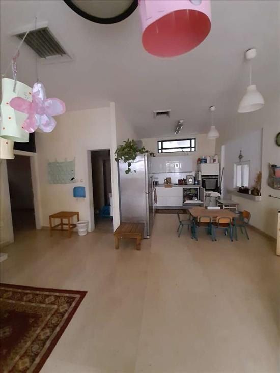 דירת גן להשכרה 4 חדרים בתל אביב יפו שערי ניקנור עג'מי