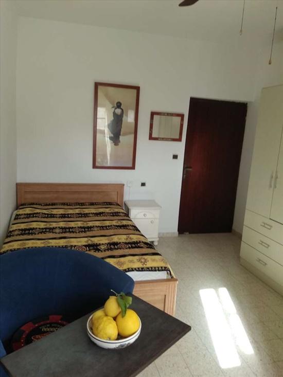 יחידת דיור להשכרה 1 חדרים בראשון לציון רבי עקיבא כפר אריה
