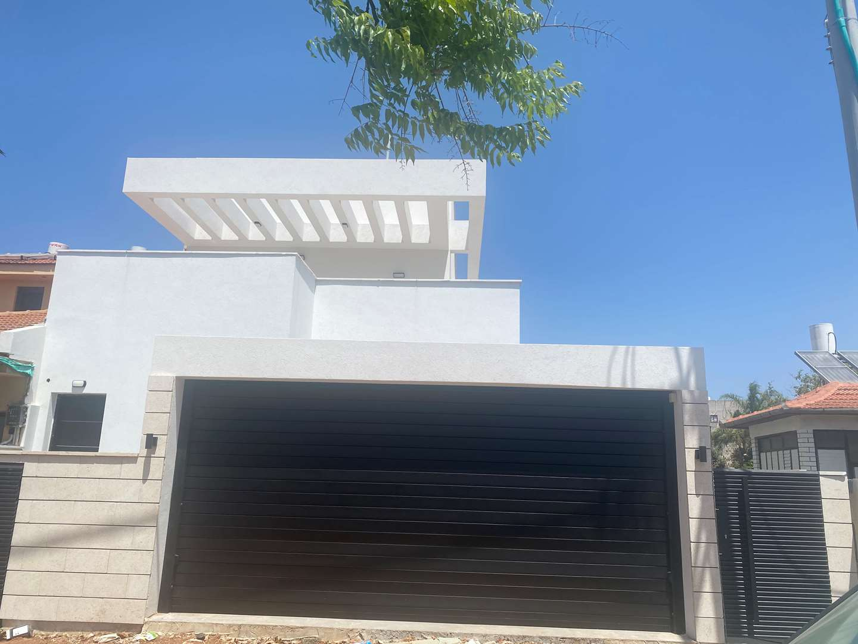 בית פרטי להשכרה 7 חדרים בנס ציונה עצמאות מרכז
