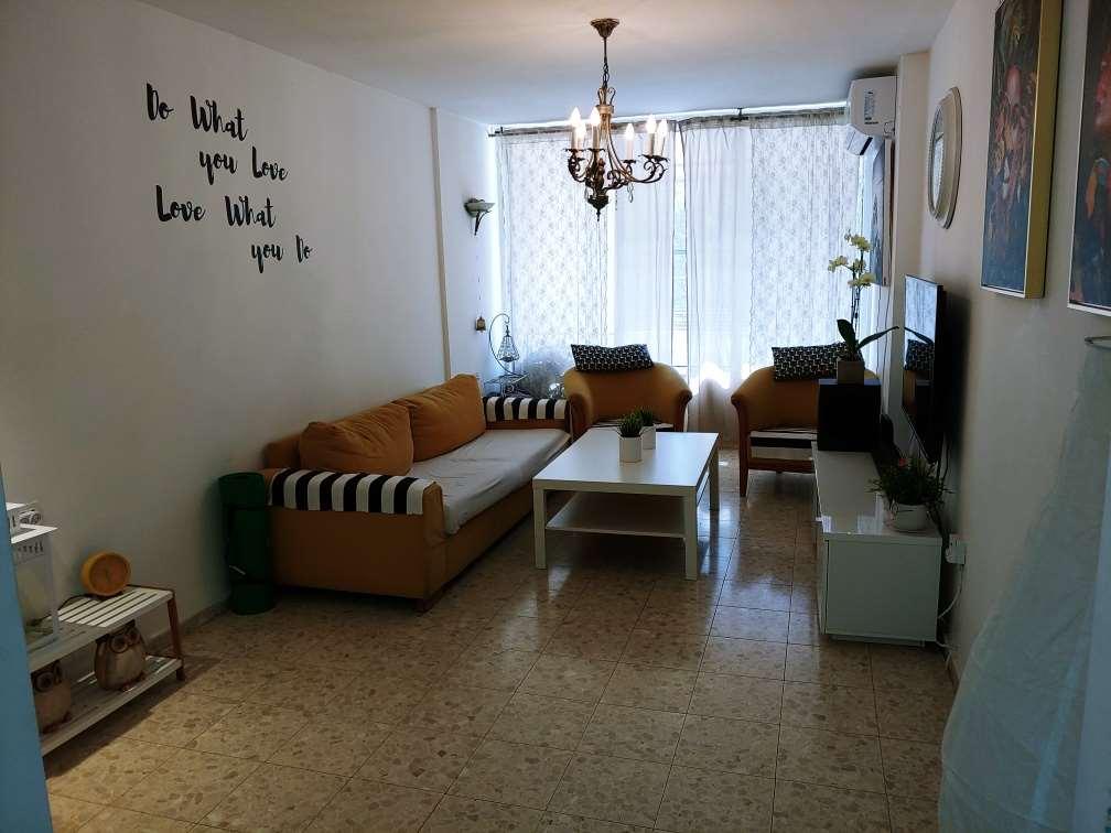 דירה להשכרה 3 חדרים ברמת השרון שח''ל