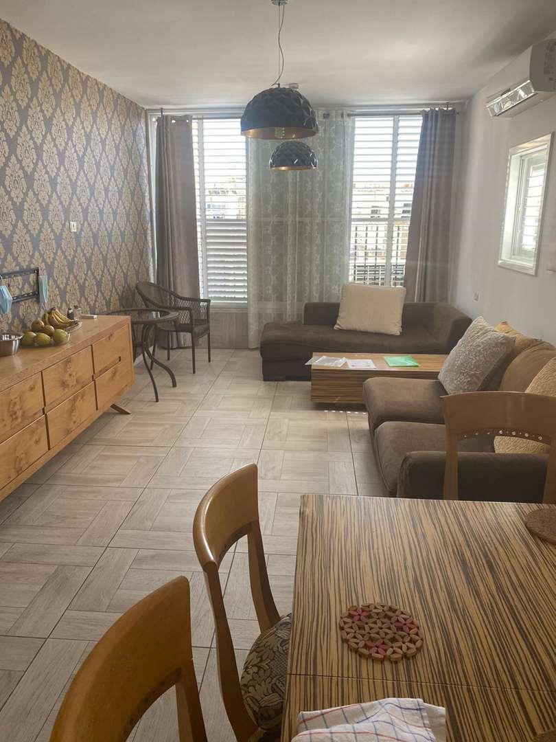 דירה להשכרה 3.5 חדרים בבת ים בלפור לב העיר