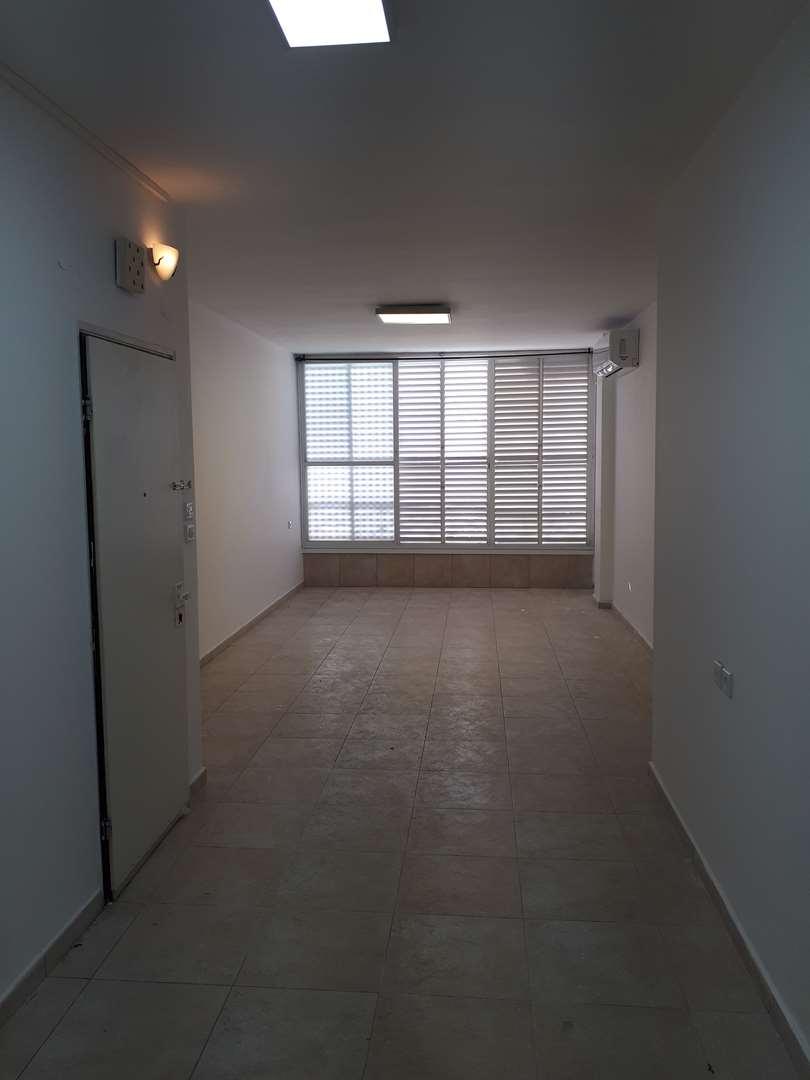 דירה להשכרה 3.5 חדרים בחולון יוסף ברץ נאות רחל