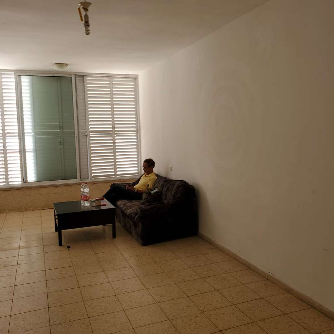 דירה להשכרה 3.5 חדרים בחולון ההסתדרות