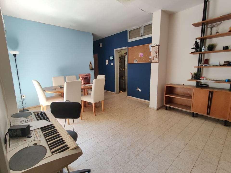 בית פרטי להשכרה 6 חדרים בסביון מגל סביון