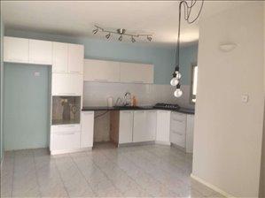 דירה להשכרה 3 חדרים בחולון יהושע רבינוביץ 4