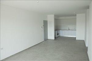 דירה להשכרה 4 חדרים בהרצליה תוף מרים