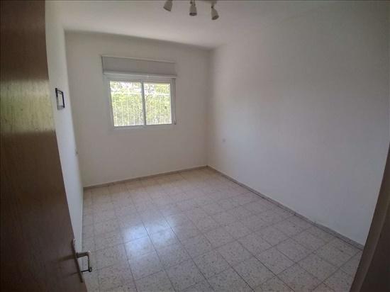 דירה להשכרה 4.5 חדרים בגבעתיים דרך יצחק רבין שטח 9