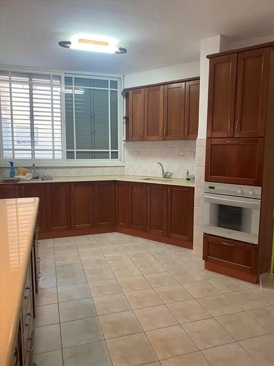 דירה להשכרה 3.5 חדרים בפתח תקווה אנה פרנק