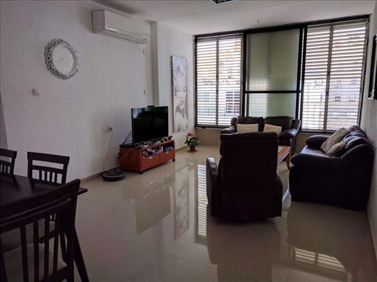 דירה להשכרה 3 חדרים בחולון טרומפלדור אגרובנק