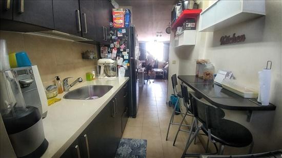 דירה להשכרה 3 חדרים באזור יצחק שדה 7 יצחק