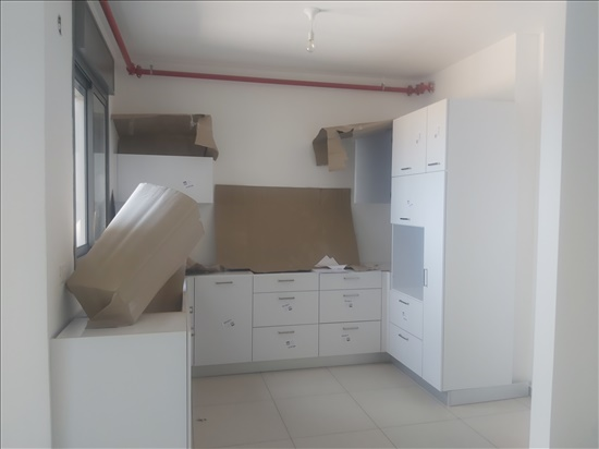 דירה להשכרה 5 חדרים בחדרה מלחמת ששת הימים  ששת הימים