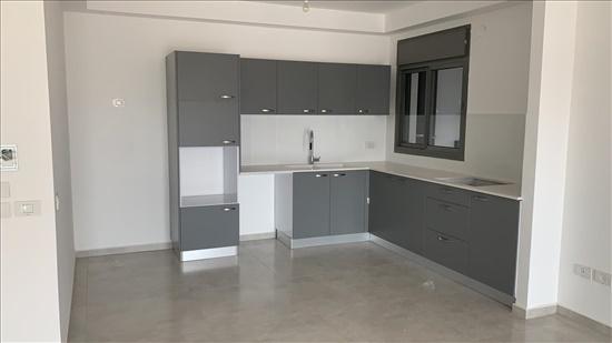 דירה להשכרה 6 חדרים בגבעת שמואל יצחק שמיר רמת הדר החדשה