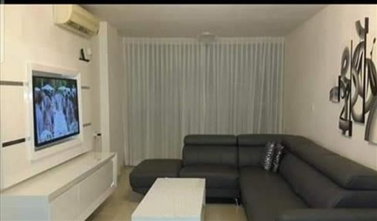 דירה להשכרה 3 חדרים בבת ים השקמה דרום מערב