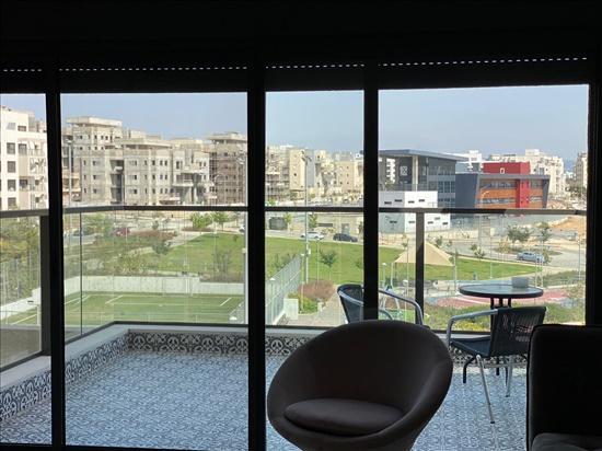 דירה להשכרה 5 חדרים בחריש טורקיז אבני חן