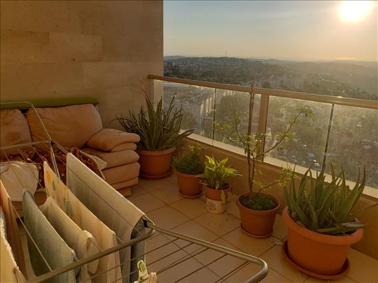 דירה להשכרה 3.5 חדרים באריאל  דרך הציונות  רובע ד'