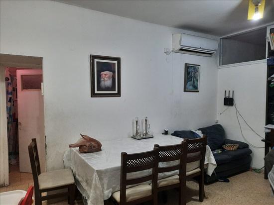 דירה להשכרה 2.5 חדרים בבני ברק הרצוג 4 הר שלום
