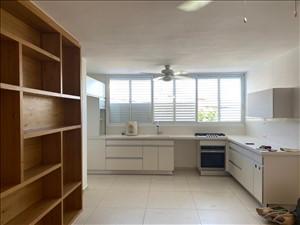 דירה להשכרה 5 חדרים בחולון השיטה
