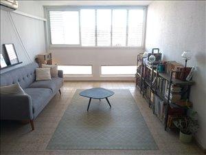 דירה להשכרה 3 חדרים בפתח תקווה ברל כצנלסון