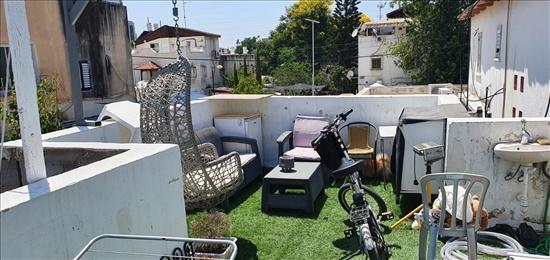דירת גג להשכרה 2 חדרים בחולון הסנהדרין ג'סי כהן