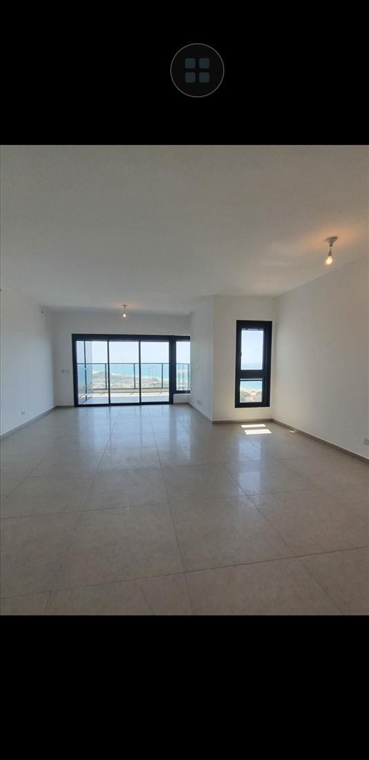 דירה להשכרה 5 חדרים בבת ים יוחנן הסנדלר חוף הים