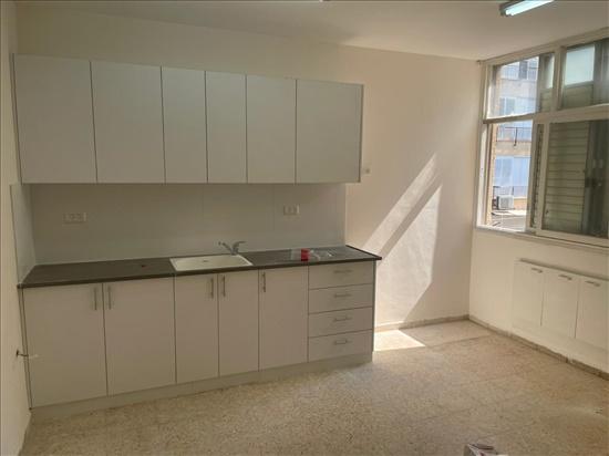 דירה להשכרה 4 חדרים בחולון בן אליעזר נאות רחל