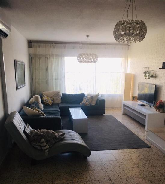 דירה להשכרה 5 חדרים בחולון דיין משה קרית בן גוריון