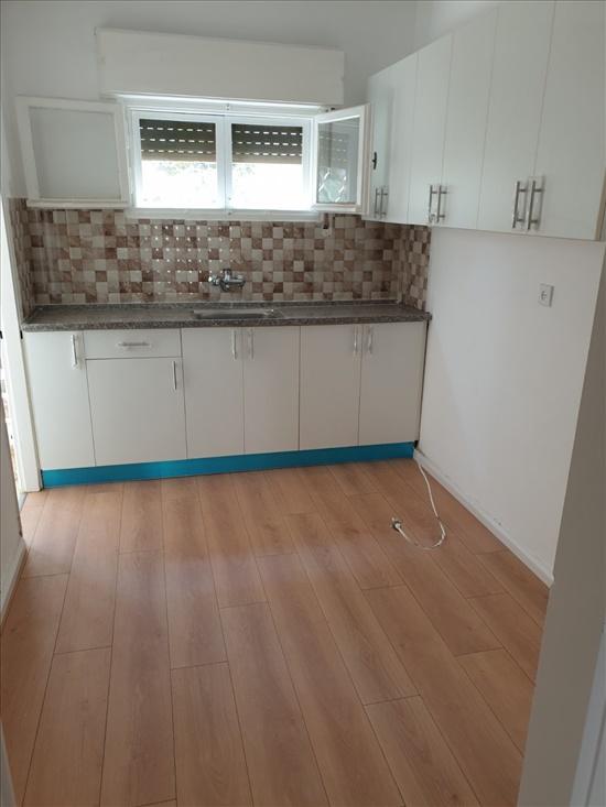 דירה להשכרה 3 חדרים בחדרה תרנ''א 26