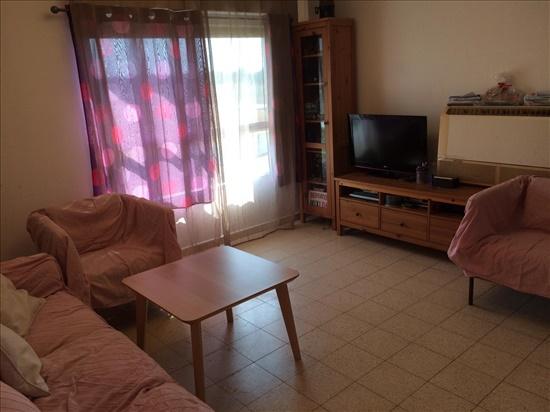 דירה להשכרה 3 חדרים בלוד לובלין אהרון גני אביב