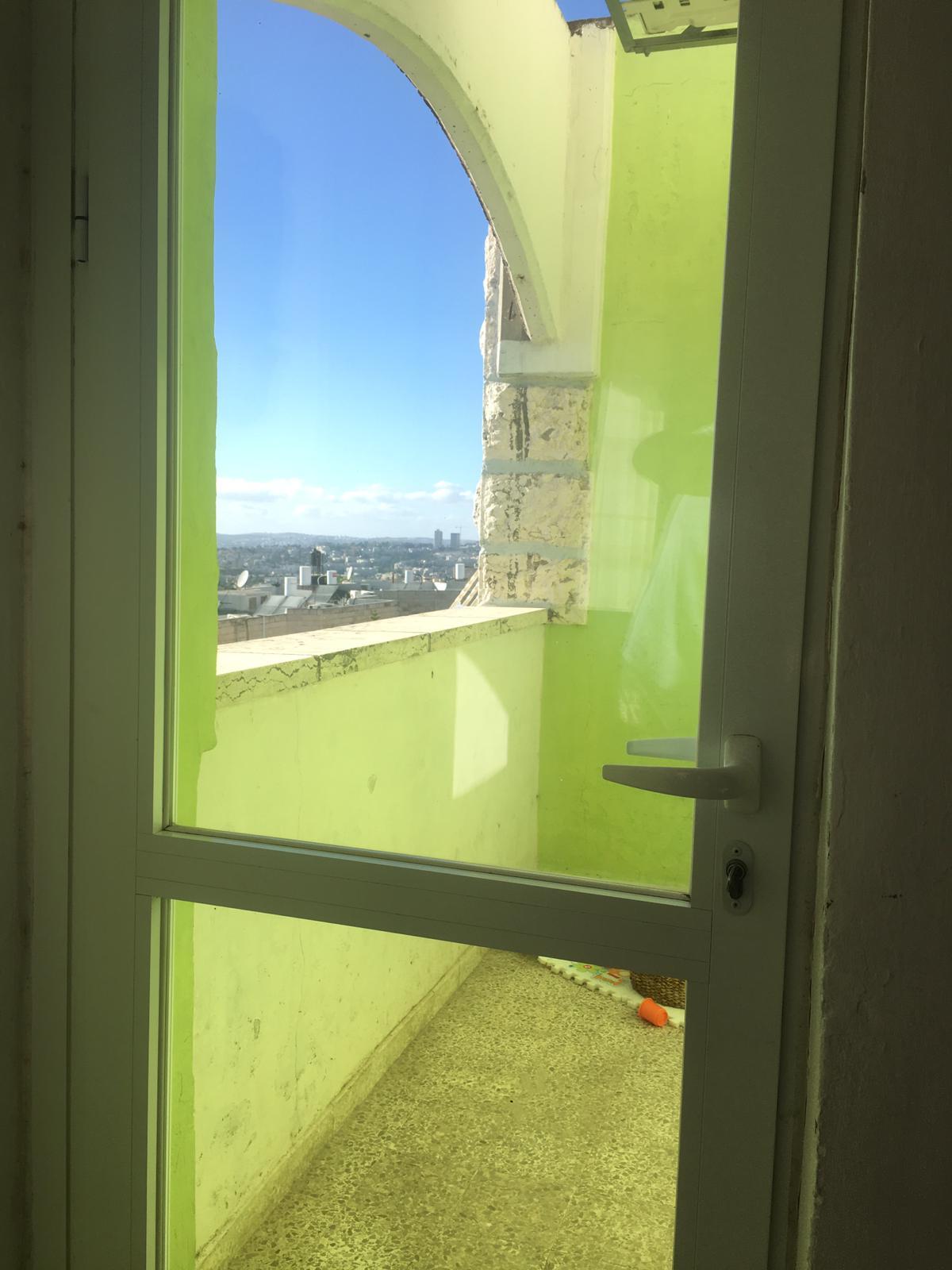 תמונה 4 ,דירה 3 חדרים בושם גילה ירושלים