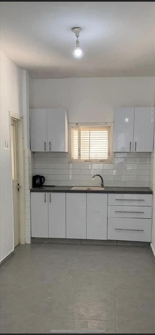 דירה להשכרה 4 חדרים בחולון הרב קוק  רסקו