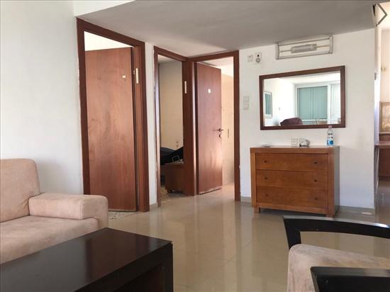 דירה להשכרה 3 חדרים בבת ים יאנוש קורצ'אק בית וגן