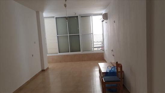 דירה להשכרה 3 חדרים בבת ים חביבה רייק שיכון ותיקים
