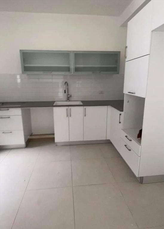 דירה להשכרה 5 חדרים בבת ים הרב ניסנבאום רמת הנשיא