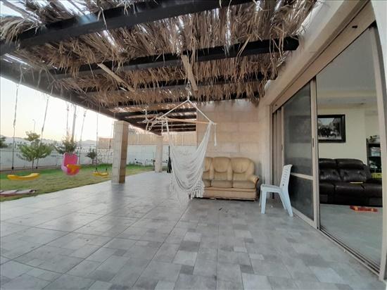 דירת גן להשכרה 6 חדרים בכפר אלדד ארץ הצבי כפר אלדד