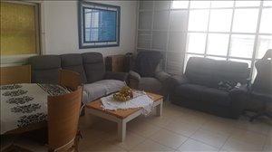 דירה להשכרה 4.5 חדרים בחולון שמורק