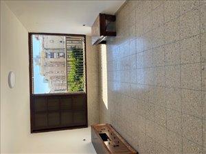 דירה להשכרה 4 חדרים בבת ים זרובבל