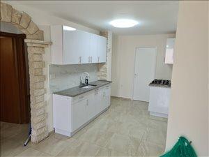 דירה להשכרה 5 חדרים בחולון החרמון