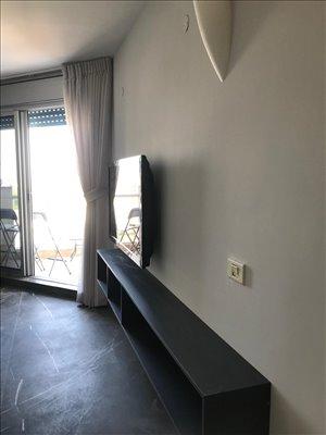 דירה להשכרה 2 חדרים בהרצליה יורדי ים