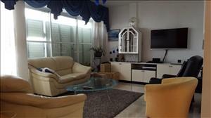 דירה להשכרה 5 חדרים בנתניה יהושע שטמפפר