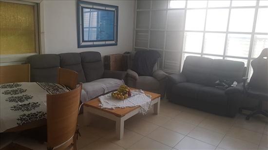 דירה להשכרה 4.5 חדרים בחולון שמורק רסקו ב'