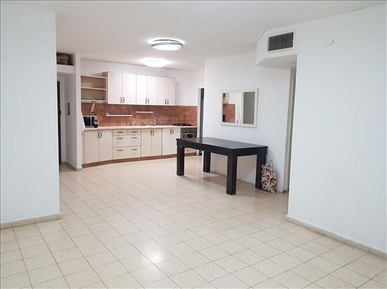 דירה להשכרה 4 חדרים בבאר שבע שער הגיא ט