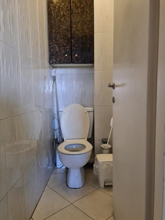 דירה להשכרה 3 חדרים בחולון אביבים 4