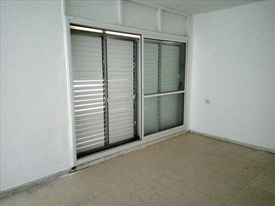 דירה להשכרה 4 חדרים בבאר שבע יצחק רגר 162 שכונה ו