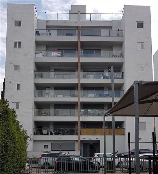 דירה להשכרה 4 חדרים בחולון חלץ נאות רחל